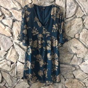 a.n.a. Dress Size M